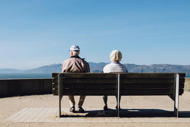 老後破産を避ける方法とは?安心のために個人で今からできること