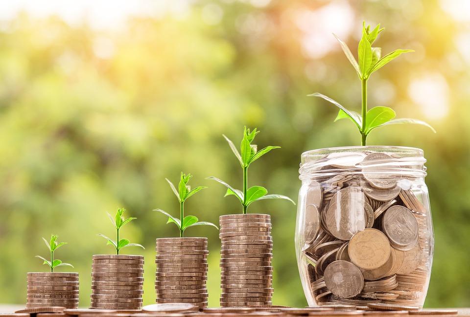 収入を増やし、資産構築する