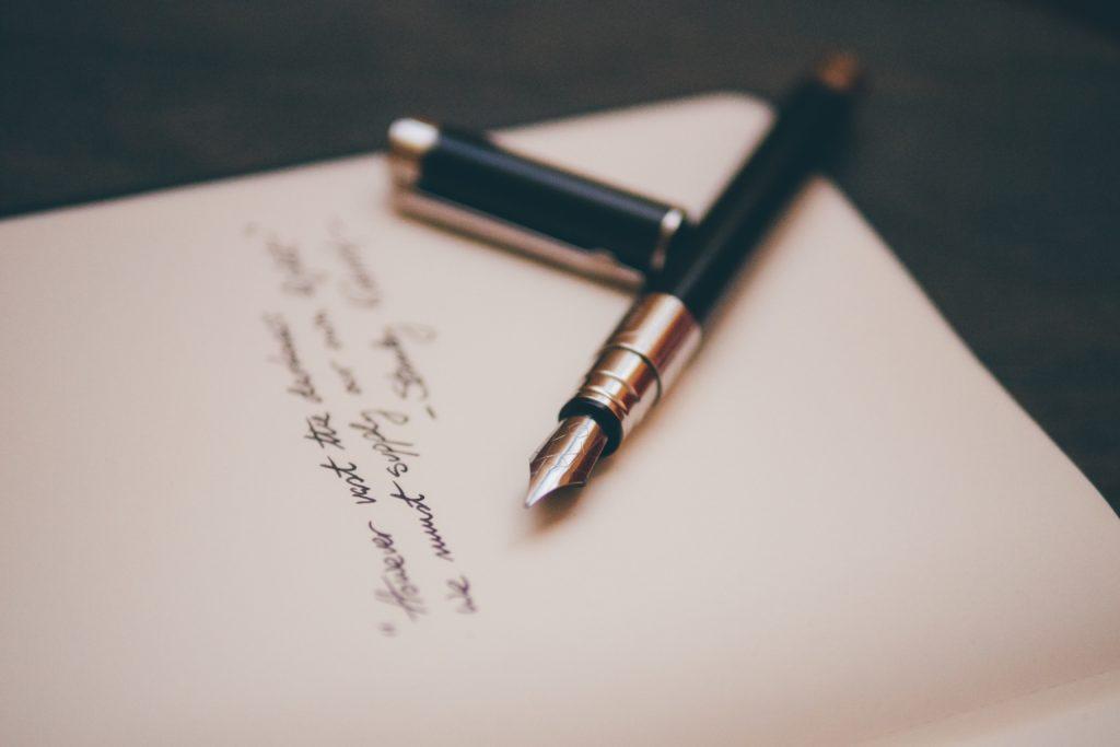 小論文の基本と作文との違い