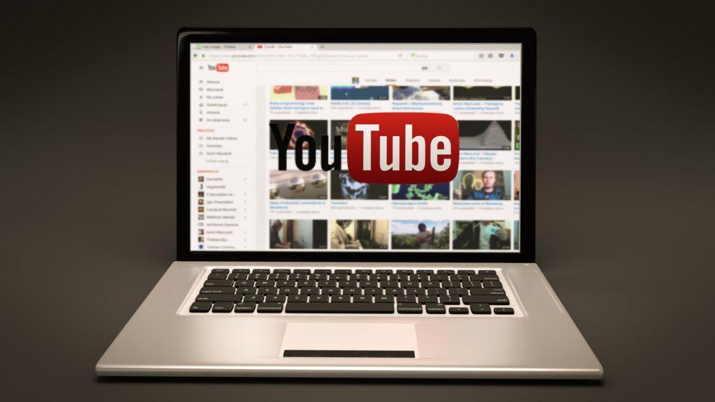 YouTubeで自分を表現する