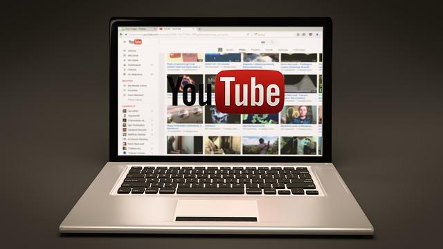 YouTuberの活躍