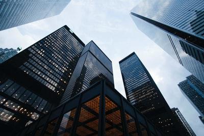 企業と瞑想