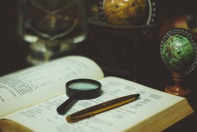 情報操作を見抜く。歴史問題から「情報リテラシー」を高める技術を身に着けよう。