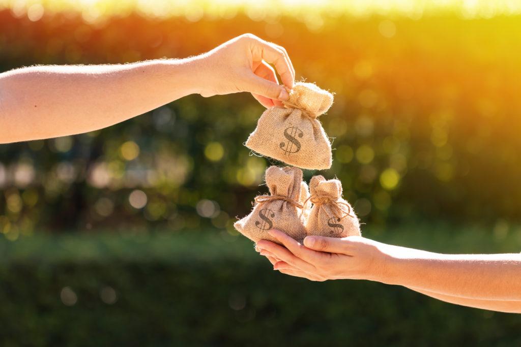 【真の豊かさ】とは?『お金の豊かさ』と『心の豊かさ』を考える