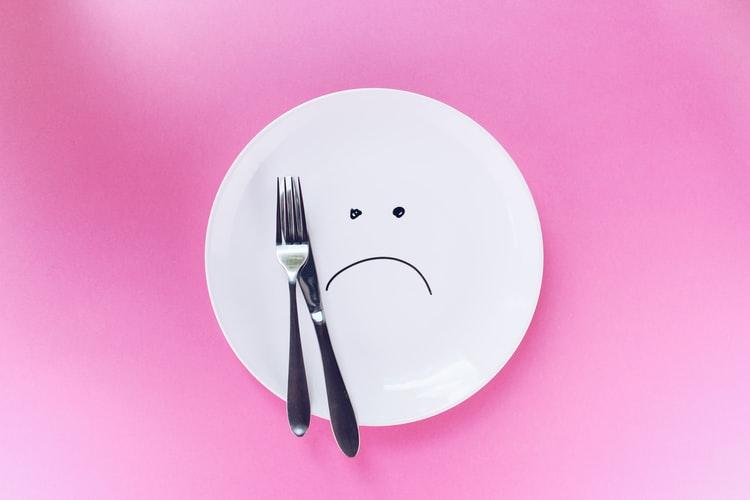 飲食業にもたらす不況